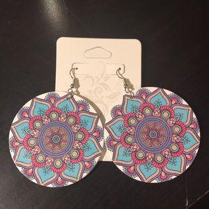 2 pair of earrings